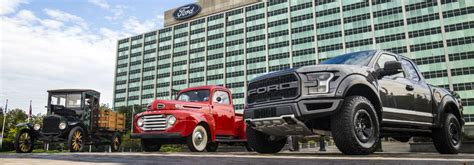 whats  difference  ford regular cab supercab
