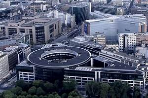 European Commission considers office space outside of ...