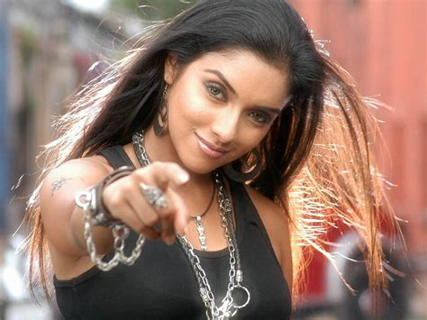 It was the first film to feature both amitabh bachchan and his son abhishek bachchan. Bollywood Actress Asin All Latest HD Wallpapers 2012   Songs By Lyrics