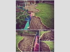 DIY Pallet Wood Garden Edging 20 Creative Garden Bed