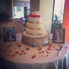 Wedding Cake Table! Beautiful Set Up!! Wedding 2