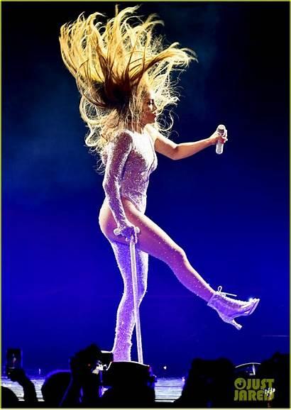 Lopez Jennifer Party Tour Singing Emme Limitless