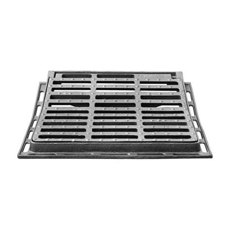 attractive regard beton 60x60 11 grille concave 60x60 cm en fonte avec cadre jpg max min