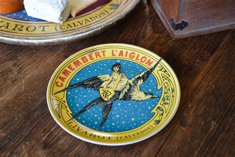 vintage cheese label stoneware plate set    city farm