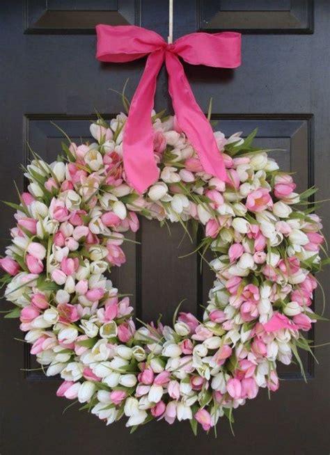 Frühlingsdeko Selbst Gemacht by Fr 252 Hlingsdeko Blumen Tulpenkranz Dezent Wei 223 Rosa