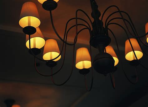 how to move a light fixture ehow