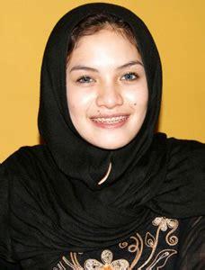 Semarang News Nikita Mirzani Berbagi Bulan Suci