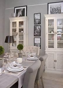 Esszimmer Einrichten Ideen : die 25 besten esszimmer trendideen auf pinterest esszimmertische esszimmer beleuchtung und ~ Sanjose-hotels-ca.com Haus und Dekorationen