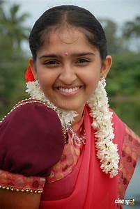 Tamil Pengal Mulaigal