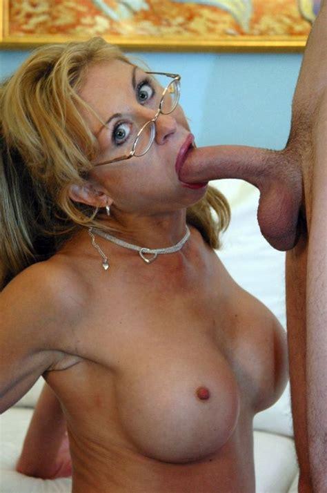 Mature Woman Glasses Blowjobs 011 Nearsighted Milf Knob