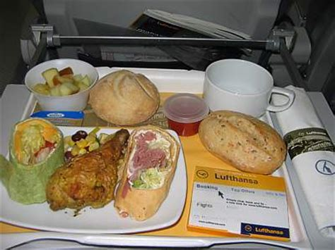 lufthansa inflight meals food served  board airreview