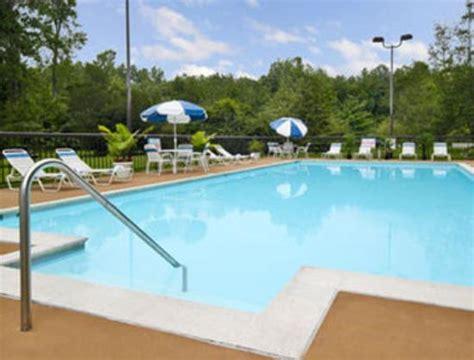 Days Hotel Williamsburg Busch Gardens Area Williamsburg Va by Wyndham Garden Williamsburg Busch Gardens Area Va