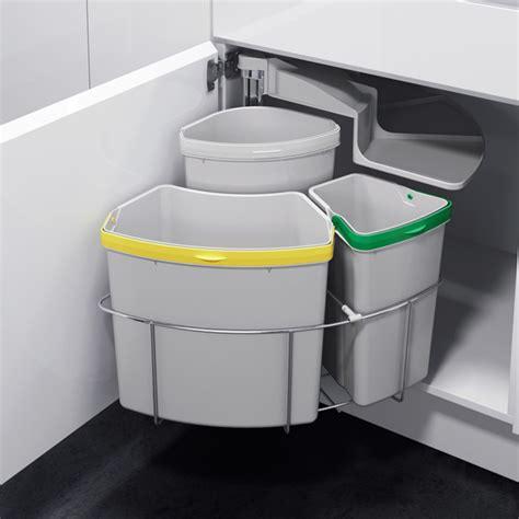 poubelle d angle cuisine poubelle tri sélectif pivotante 3 bacs 39 litres