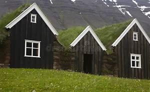 Maison En Bois Nord : l 39 islande maisons en bois islandaises traditionnelles l 39 islande du nord photo stock image ~ Nature-et-papiers.com Idées de Décoration