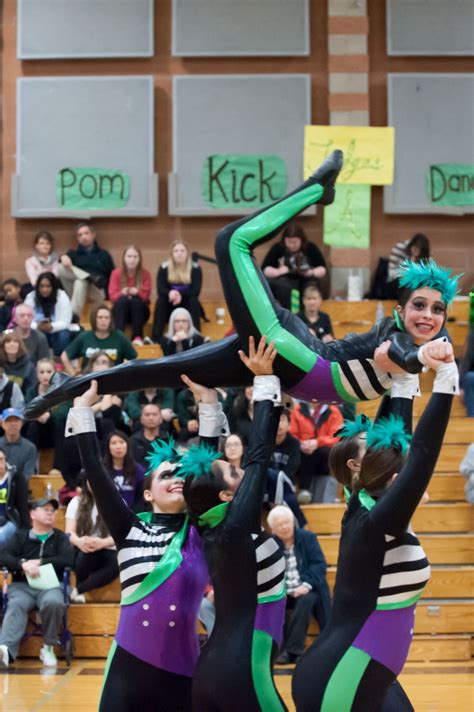 Meadowdale Dance Teams Qualify  State Tournament