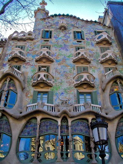 The Iconic Casa Batllo By Antoni Gaudi «twistedsifter