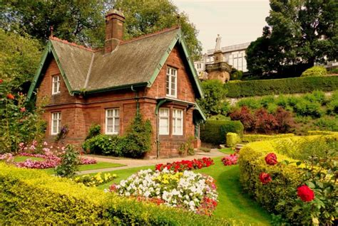 house with garden beautiful house will look prettier with grande garden idea inspiring beautiful gardens
