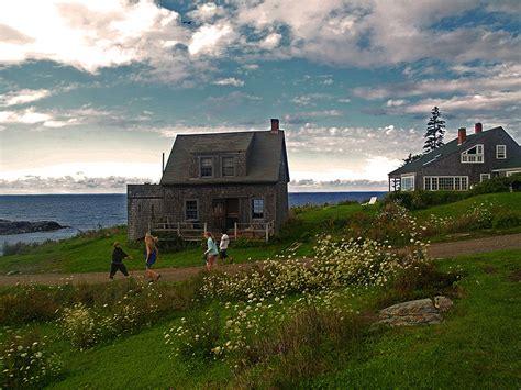 monhegan island cottage  photo  maine northeast