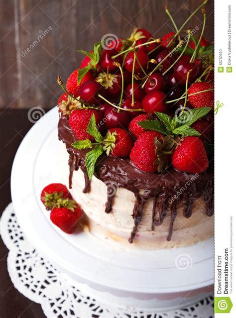 decoration gateau avec fraises