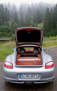 Porsche Cayman S 2006 : 2006 porsche cayman s first drive road test review motor trend ~ Medecine-chirurgie-esthetiques.com Avis de Voitures