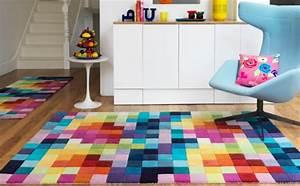Teppich Bunt Modern : teppich bunt quadrate haus deko ideen ~ Frokenaadalensverden.com Haus und Dekorationen