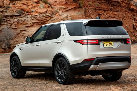 Land Rover by Land Rover Discovery Review Parkers