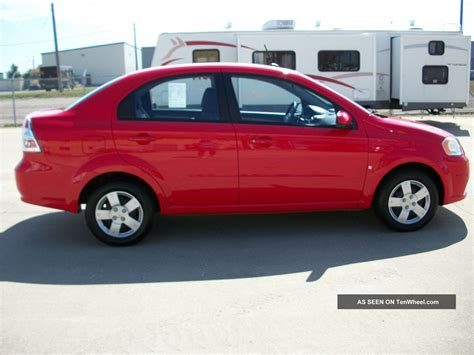 chevrolet aveo lt sedan  speed manual red
