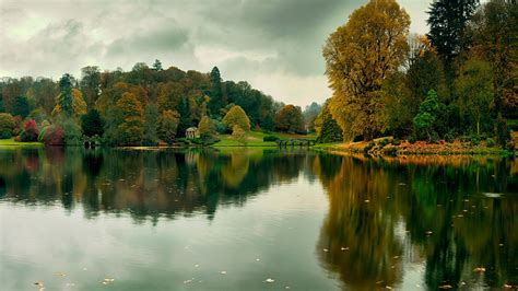 河流,树木,倒映,秋季风景图片,自然美景桌面壁纸-风景壁纸-壁纸下载-彼岸桌面