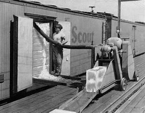 Model Railroad Minutiae  Railroad Icing Equipment 1952