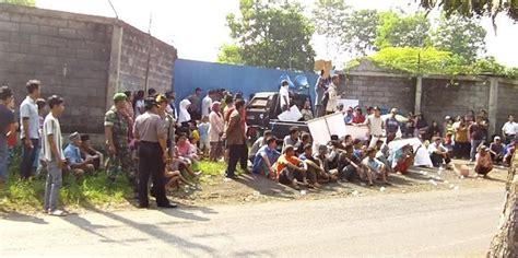 Aborsi Kendal Cemari 2 Dusun Ratusan Warga Demo Pabrik Pengolahan