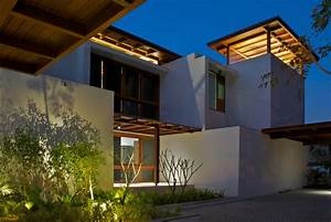 Timeless Contemporary House In India With Courtyard Zen ...