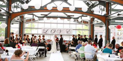 depot market square weddings  prices  wedding