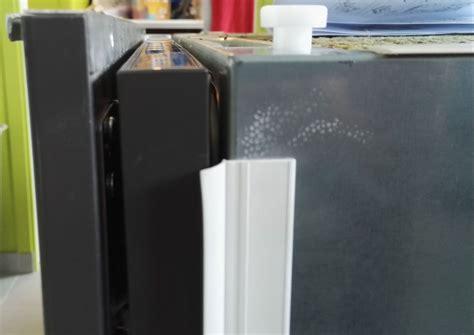 Ikea Skinande, Problème Sur Accrochage De La Façade