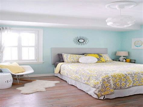 light colour for bedroom best paint colors for small room
