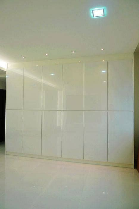 floor  ceiling wall cabinets  storage living room