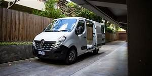 Renault Black Friday 2018 : 2016 renault master trafic kangoo prices increase with boosted safety new features photos ~ Medecine-chirurgie-esthetiques.com Avis de Voitures