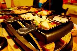 Schweizer Raclette Gerät : raclette gibt es nicht nur an silvester mettsalat ~ Orissabook.com Haus und Dekorationen