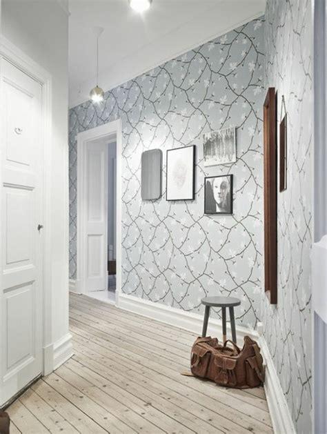 idee deco pour couloir papier peint pour couloir comment faire le bon choix