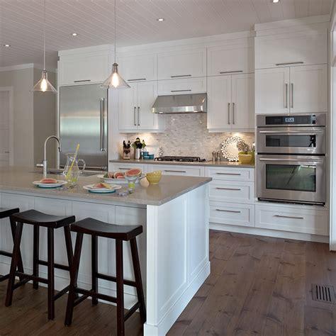 cuisines contemporaines cuisine bois contemporaine maison design sphena com