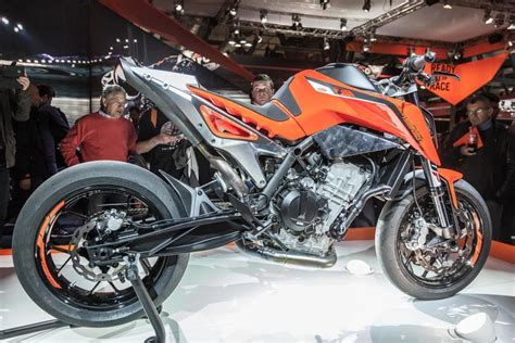 ktm duke 790 auspuff modellnews ktm 790 duke 2018 1000ps de