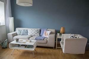 Grau Blaue Wand : wohnzimmer makeover mit wandfarbe blaue wand farbe blau und matt ~ Watch28wear.com Haus und Dekorationen