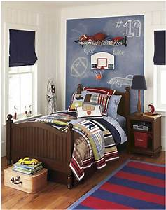 young boys sports bedroom themes home decorating ideas With boys room ideas sports theme