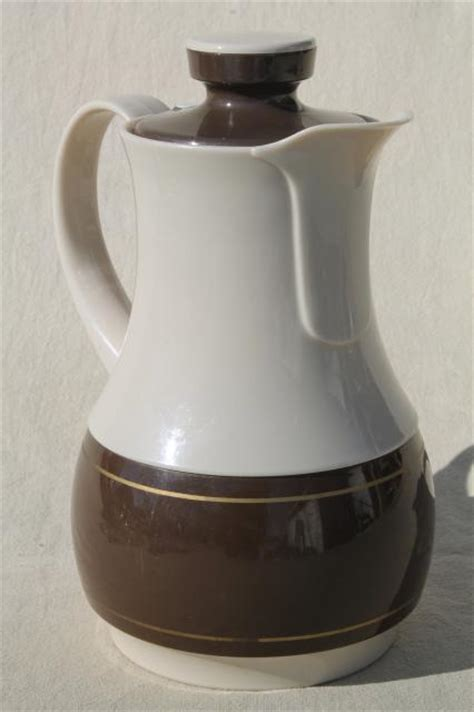 80s vintage Ingrid plastic pitcher insulated thermos bottle, coffee carafe jug