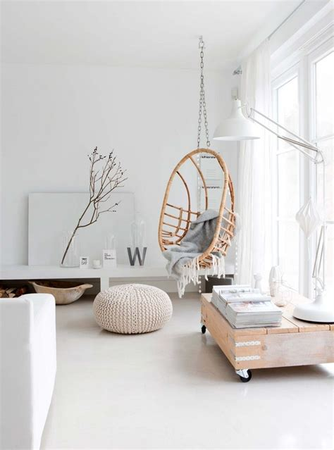 chaise suspendue interieur 25 best ideas about white living rooms on