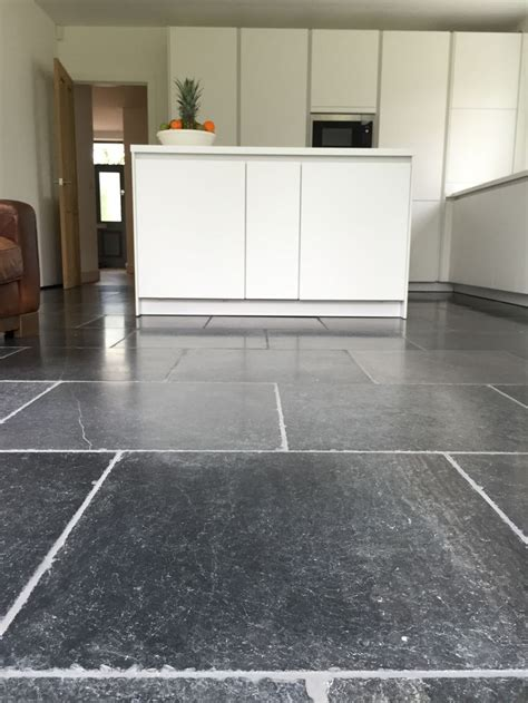 quartz kitchen floor tiles blue floor tiles aged and tumbled finish with 4474
