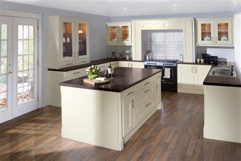 ivory oak shaker maple kitchens  bathrooms