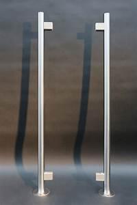 Halterungen Für Glasscheiben : rundpfosten mit glashalterungen aus edelstahl ~ A.2002-acura-tl-radio.info Haus und Dekorationen