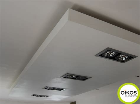spot dans cuisine plafonds de cuisine faux plafond avec spots alu