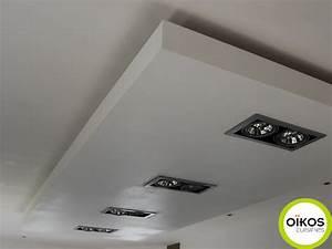 Spot Plafond Salon : plafonds de cuisine faux plafond avec spots alu ~ Edinachiropracticcenter.com Idées de Décoration