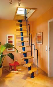 Treppe Zum Dachboden Nachträglich Einbauen : raumspartreppe dachausbau ~ Orissabook.com Haus und Dekorationen
